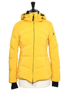 Yellow down ski jacket Retail price €600 Size S