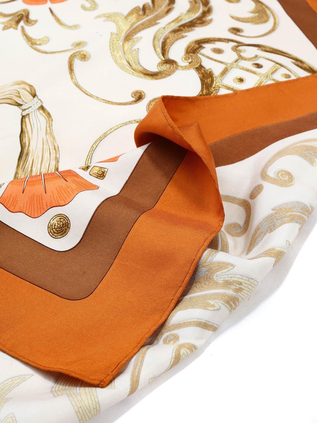 b930205849 ... Foulard carré en twill de soie CHEVAL TURC Prix boutique 350€ Taille 90  x 90