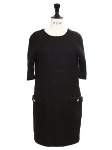 Robe en laine et mohair noir intense avec boutons dorés Prix boutique 1100€ Taille 34/36