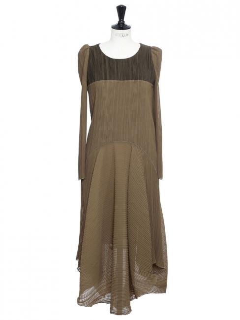 Robe manches longues à plissés vert kaki NEUVE Prix boutique 1400€ Taille 34