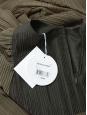 Robe manches longues à plissés vert kaki NEUVE Prix boutique 1400€ Taille XS