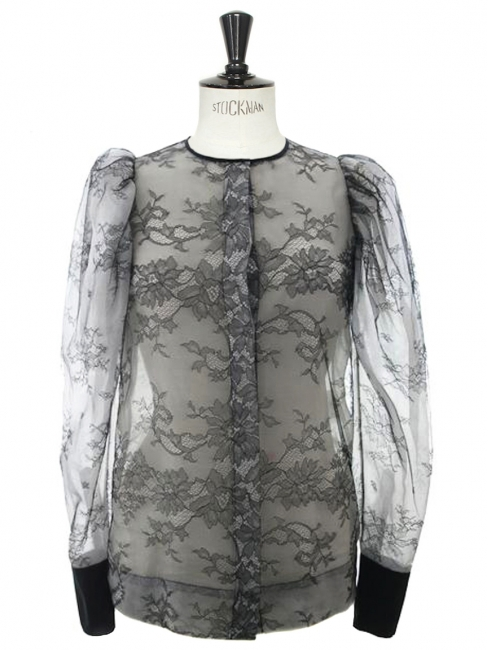 Black lace long sleeves blouse Retail price 950€ Size 34/36