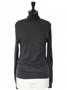Pull fin col roulé en laine mérinos gris anthracite Prix boutique 280€ Taille M