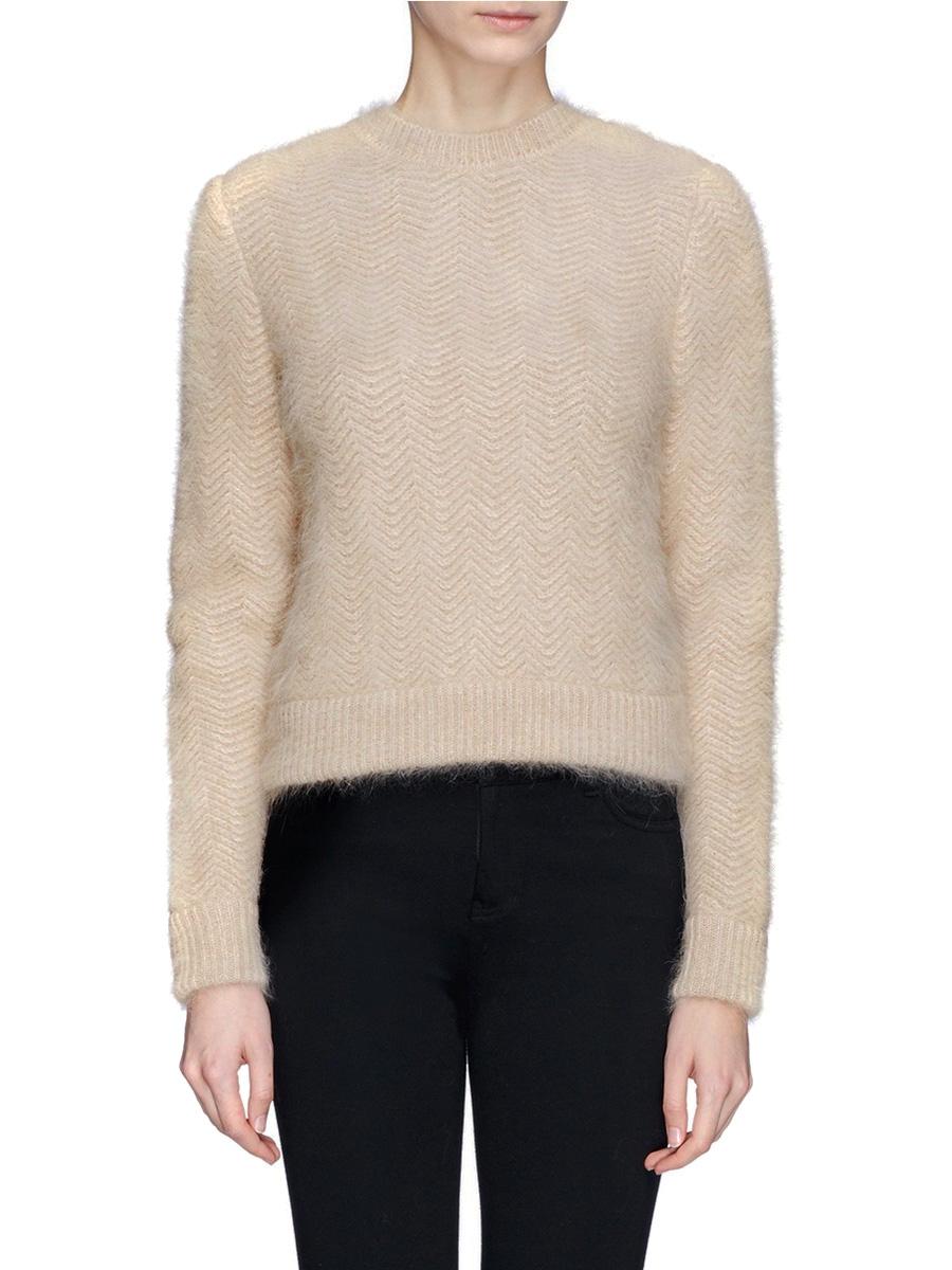 ... Beige wavy chevron angora-blend sweater Retail price €1310 Size M ...