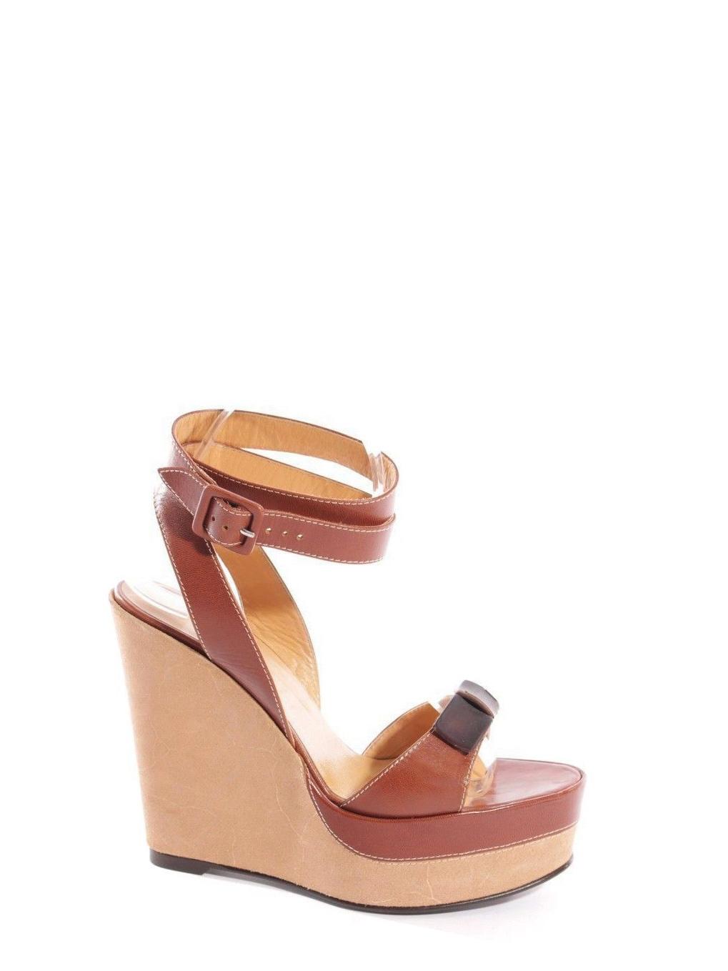 502c5a4632a2 ... Sandales à talon compensé, plate-forme et bride cheville en cuir beige  et caramel ...