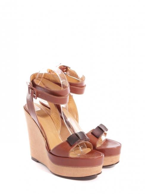 Sandales à talon compensé, plate-forme et bride cheville en cuir camel Prix  boutique 1dd945bc8f8
