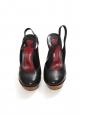 Chaussures à plateforme en cuir noir et talon compensé en bois Prix boutique 720€ Taille 39,5