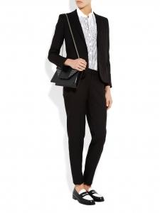 Mocassins en cuir bicolore noir et blanc Prix boutique 7500€ Taille 40