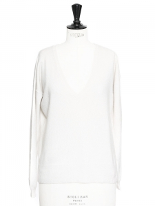 Ivory white cashmere V neck sweater Retail price €250 Size M