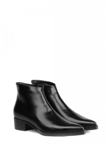 Black faux leather pointy toe flat ankle boots NEW Retail price €695 Size 37