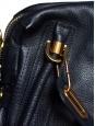 Sac à bandoulière PARATY Medium en cuir grainé bleu nuit Px boutique 1450€