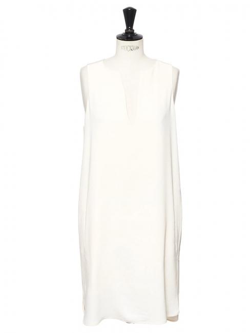 Robe en crêpe blanc ivoire décolleté V Prix boutique 195€ Taille 38
