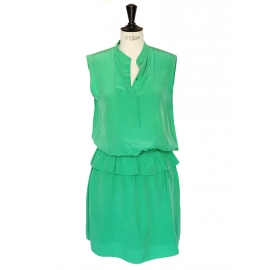 Emerald green crepe de chine silk dress Retail price €1300 Size 36