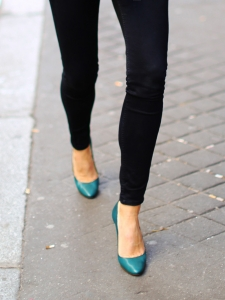 Peacock blue green leather stiletto heel pumps Retail price €500 Size 38.5