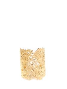 Bracelet manchette en métal dentellé doré