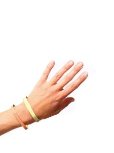Light yellow enamel and gold bracelet