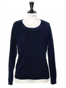 Pull en laine bleu marine col rond Prix boutique 250€ Taille 36