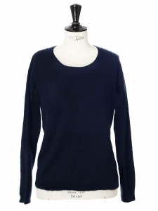 Round neck dark navy blue wool sweater Retail price €250 Size 36