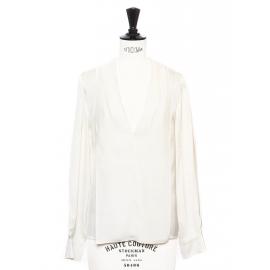 Blouse décolleté V manches longues en soie blanc ivoire Prix boutique 500€ Taille 34