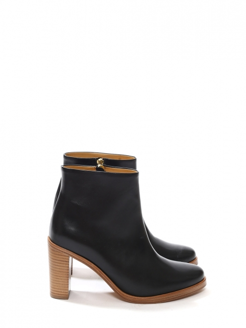 Chic black leather ankle heel boots Retail price 360€ Size 37