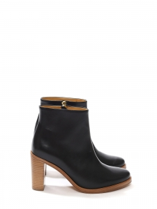 Chic black leather ankle heel boots Retail price 360€ Size 39