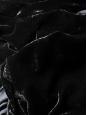 Robe longue en velours noir manches longues et drapé asymétrique Prix boutique 950€ Taille 34