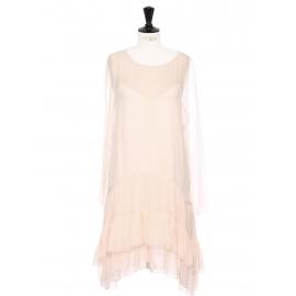Robe manches longues en mousseline de soie rose poudre et volants Prix boutique 2500€ Taille 36