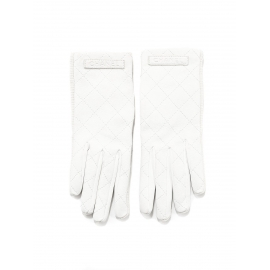 Snow white quilted leather gloves Retail price €650 Size 7