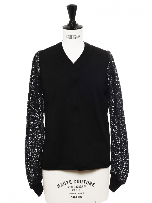 Black merino wool V neck sweater with eyelet crochet lace sleeves Retail price €850 Size 38