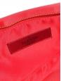 Sac pochette du soir en satin rouge vif Prix boutique $795