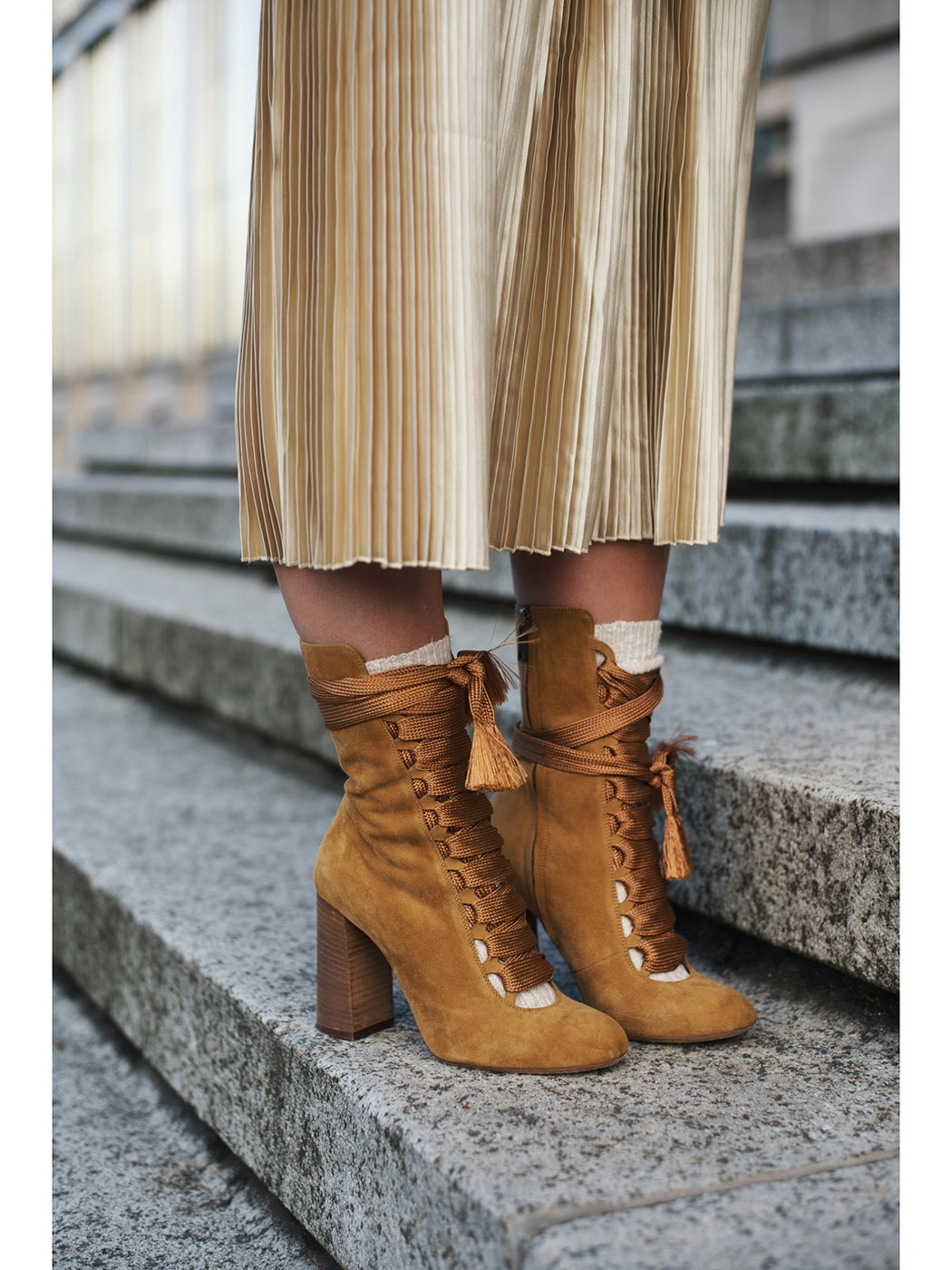 36d6cf77bb ... HARPER Tan brown suede leather wooden heel boots Retail price €910 Size  39 ...