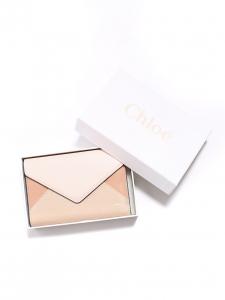 Portefeuille ENVELOPPE long à rabat en cuir rose et beige Px boutique 350€