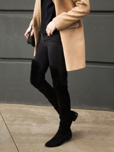 Black suede scallop cutout over-the-knee flat boots Retail price €1200 Size 40.5