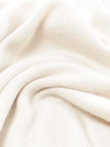 Pull col rond manches longues en cachemire et soie crème Px boutique 890€ Taille 38