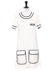 Robe marinière manches courtes en maille de laine blanche et bleu marine Prix boutique 950€ Taille M