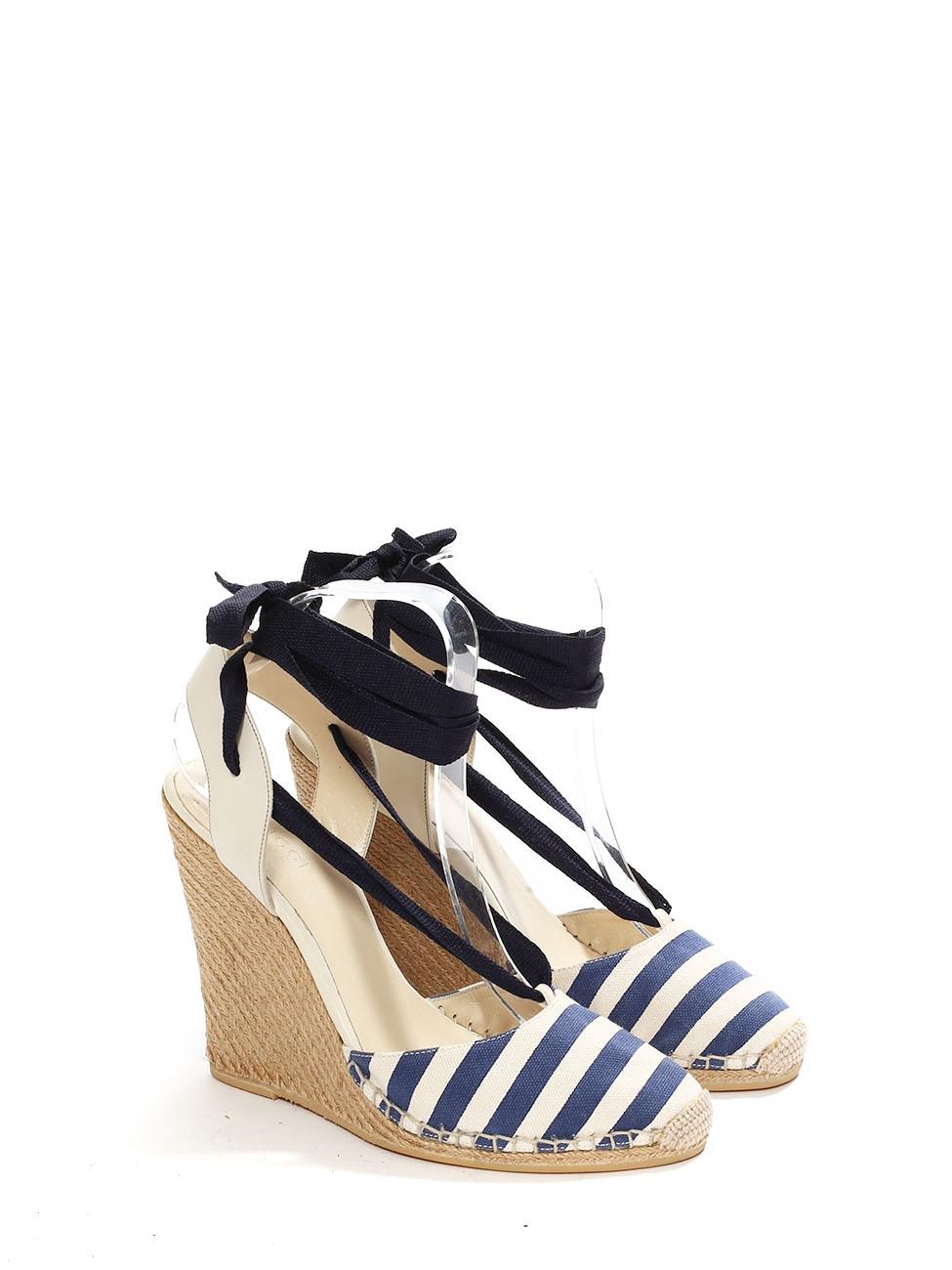 2d94c8c4f ... Sandals Retail 450 Size 38 5. Louise Paris Gucci Ivory White And Navy  Blue Striped Canvas