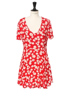 Bright red crepe short sleeves cinched dress printed with white and yellow daisies Size 36