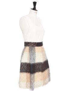 Jupe trapèze en mohair et laine vierge à imprimé tartan Prix boutique 1200€ Taille 34