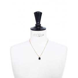 Collier avec fine chaîne dorée et pendentif perle de Quartz noir Prix boutique 210€