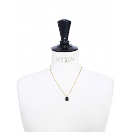 Fine necklace with thin gold chain and black quartz pendant Retail price €210