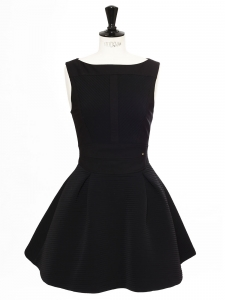 Cinched and flared sleeveless little black dress Retail price €300 Size 38