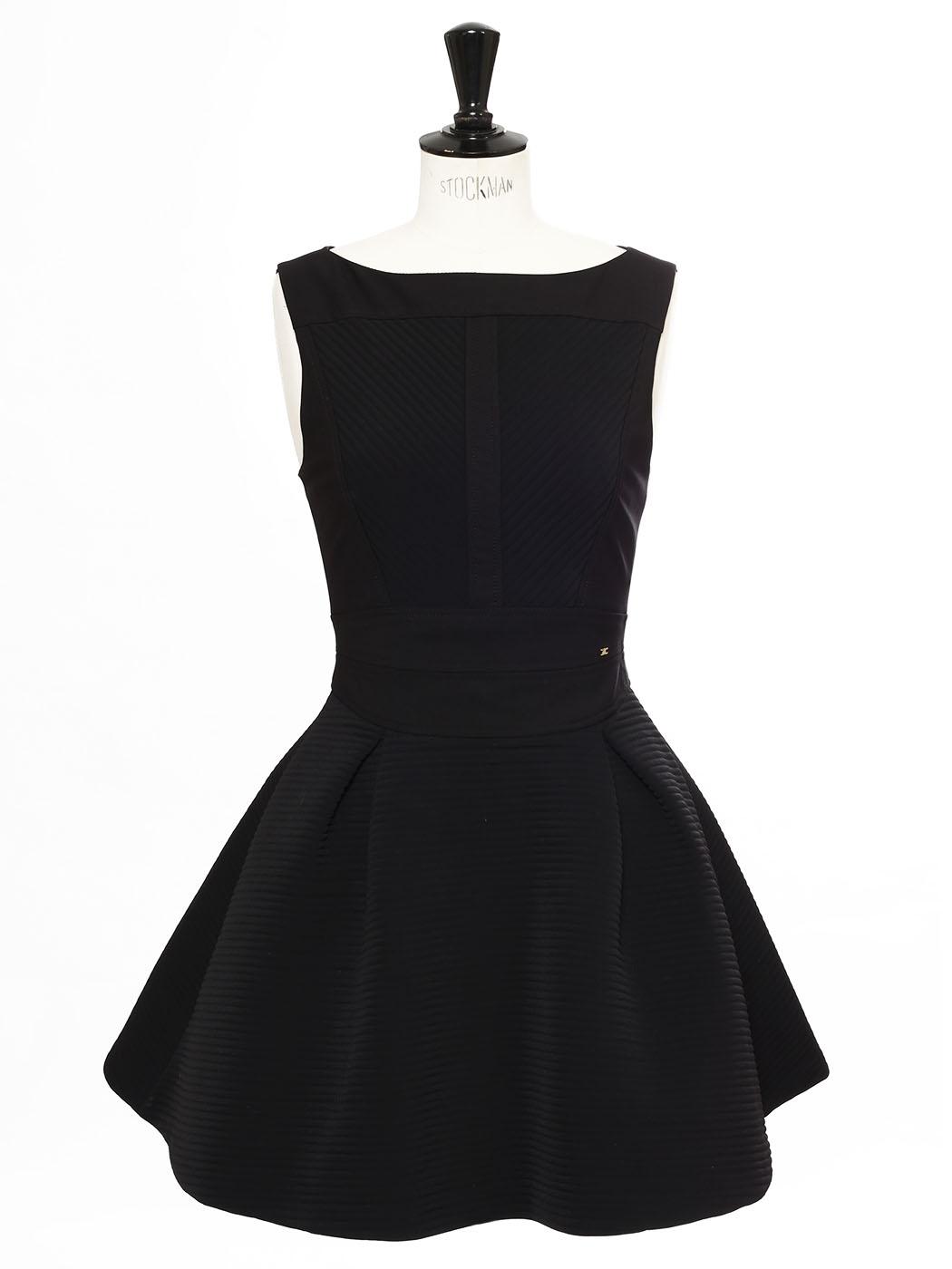 Louise Paris Elisabetta Franchi Petite Robe Noire Courte Cintree Et Evasee Prix Boutique 300 Taille 38