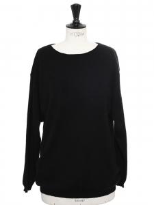 Pull en cachemire noir col rond Prix boutique 270€ Taille 40