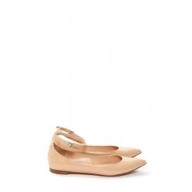 Chaussures plates GIA à bouts pointus en cuir verni beige rosé Prix boutique 420€ Taille 41