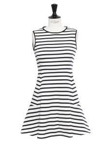 Robe NIKAY marinière en coton rayé bleu marine et blanc crème Prix boutique 240€ Taille 36