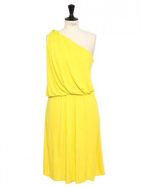 Robe de cocktail courte drapée asymétrique jaune vif Prix boutique 1550€ Taille 38 à 40