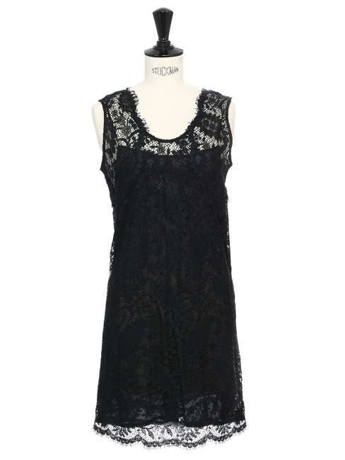 Sleeveless black guipure lace mini dress Retail price €500 Size 34