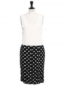 Black and white polka dot print silk skirt laced up at back Retail price €900 Size 42