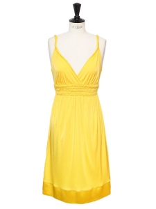 Sunny yellow jersey décolleté dress Retail price €320 Size 36