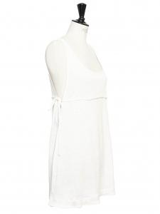 Robe de plage décolletée en lin blanc à bretelles larges Prix boutique 500€ Taille 38/40